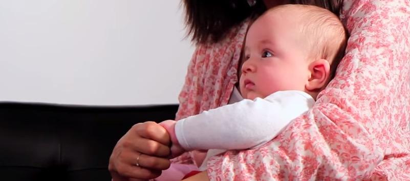 Coucher les nourrissons sur le dos peut provoquer des d formations du cr ne une association - Coucher bebe sur le cote ...