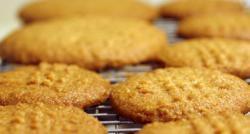 """Substance cancérogène détectée dans ses biscuits pour bébés : La direction de Nestlé France fait part de """"sa grande surprise"""""""