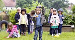Un documentaire de TF1 a observé ce que font les enfants de 4 à 5 ans lorsqu'ils sont livrés à eux-même - Regardez