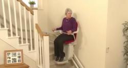 Vous rencontrez des difficultés pour emprunter les escaliers de votre maison ou de votre appartement ? Une solution existe: le monte escalier !
